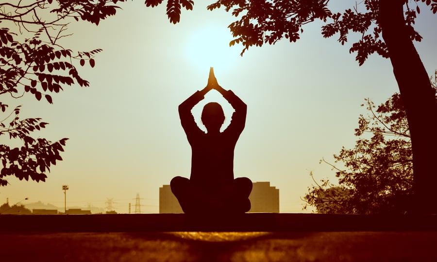 backlit-meditating-meditation-1051838-1