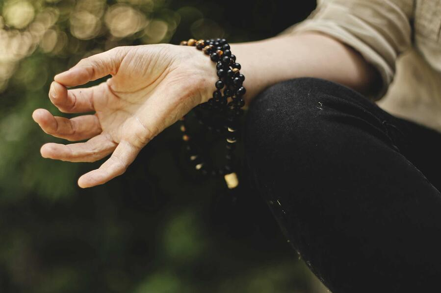 ksenia-makagonova-meditation